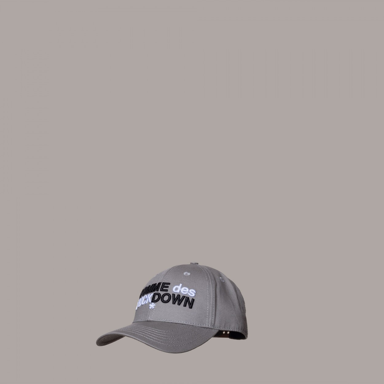 HAT - CD19IA30GR - COMME DES FKDOWN